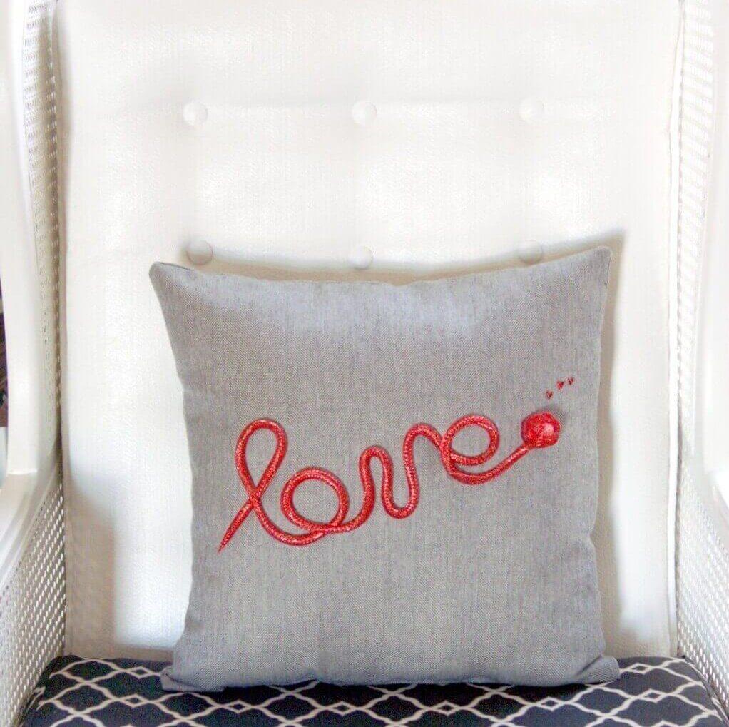 DIY Valentine pillows